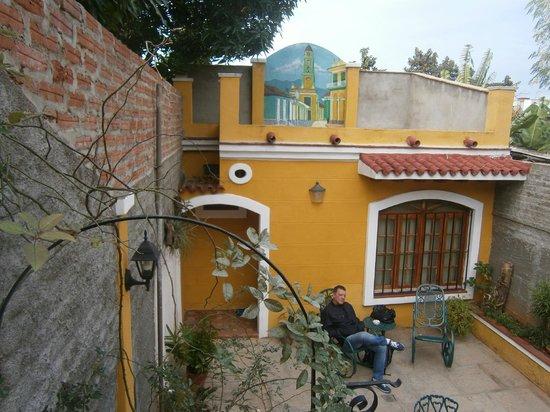 Hostal Las Margaritas: Cortile