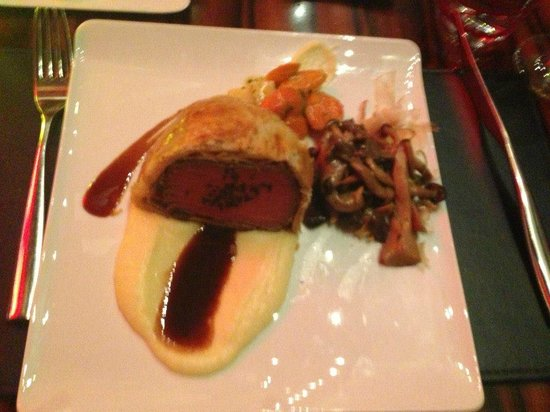 Beef Wellington With Side Of Mushrooms Picture Of Gordon Ramsay Steak Las Vegas Tripadvisor