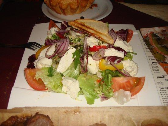 Czarny Staw Restauracja: Салат