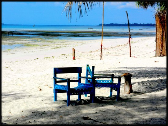 Mikadi Beach: Mikadi - Beachside