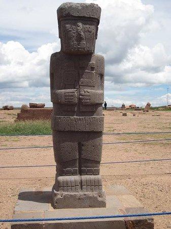 Tiwanaku : Estela Ponce