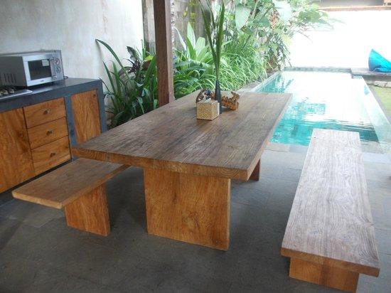 Luwak Ubud Villas: Comedor