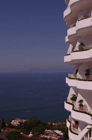 Grand Miramar All Luxury Suites & Residences: large balcony with view
