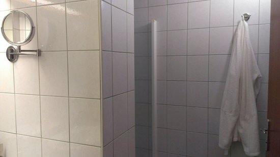 Hotel Slovenija - LifeClass Hotels & Spa : Ванна в дабле