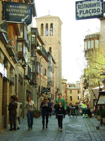 Puerta de Alfonso VI: arrabal