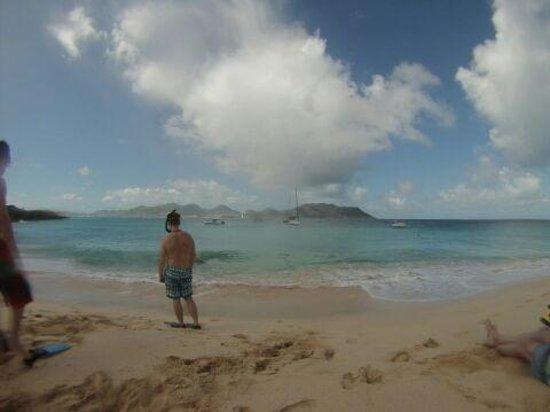 Captain Alan's Three Island Snorkeling Adventure : Tintemarre