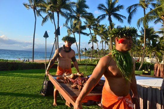 Grand Wailea - A Waldorf Astoria Resort: Luau