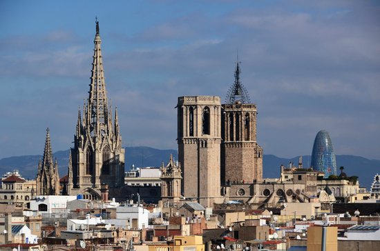 Hotel Gaudi: View from the roof-top terrace