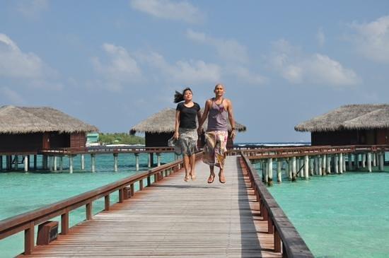 Sheraton Maldives Full Moon Resort & Spa: floating