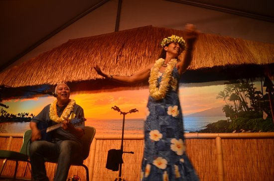 Napili Kai Beach Resort : Slack Key Show