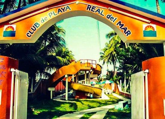 Hotel Real de Mar: Entrada club de playa