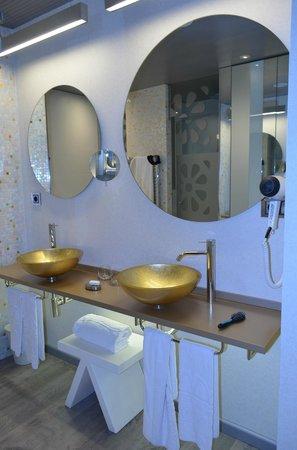 Princesa Munia Hotel & Spa: Bathroom