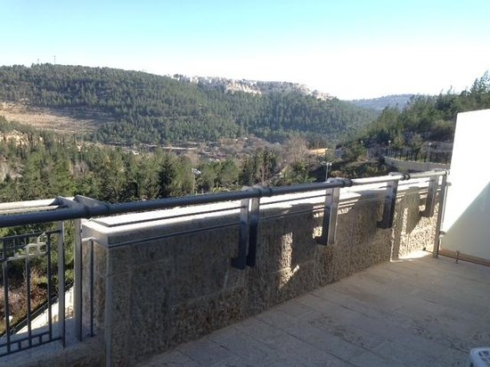 Hotel Yehuda: view from 502