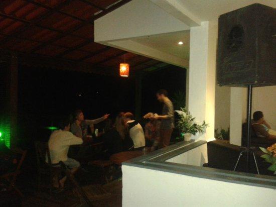 Che Lagarto Hostel Ilha Grande : Espacio común - bar