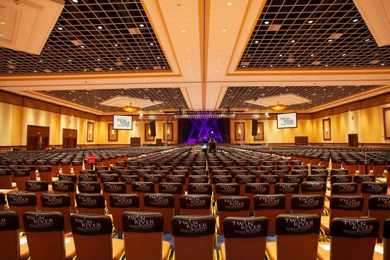 Twin River Casino: Twin River Event Center - Concert