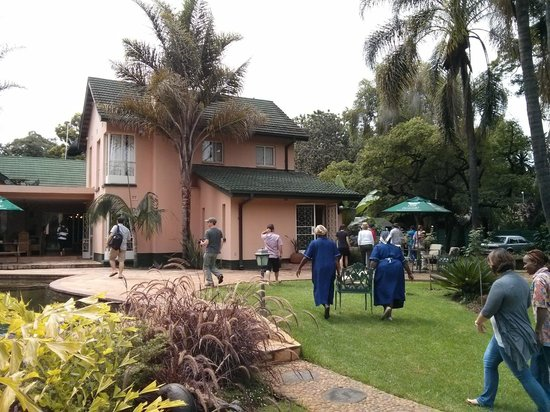 Casa Kadiki Bed & Breakfast: Main House