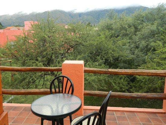 Tijuana Cabanas: Vista a las sierras desde cabaña Guadalajara