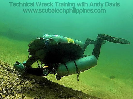 Scuba Tech Philippines: Technical Wreck Course, Philippines - Guideline deployment skills