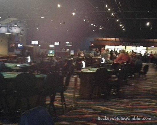 Wheeling Island Hotel Casino Racetrack: The tables on Sunday morning