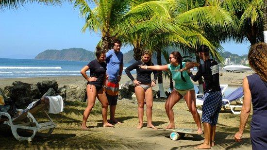 Morgan's Cove Resort & Casino : Surf School