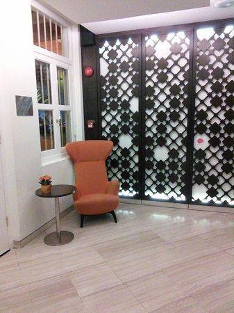 Naumi Liora : View of lobby