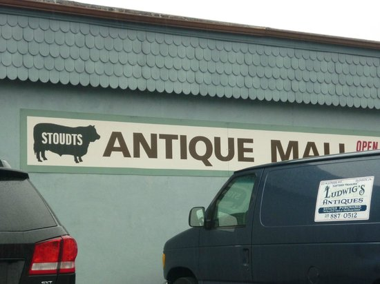 Adamstown, Пенсильвания: Stoudt's Antique Mall