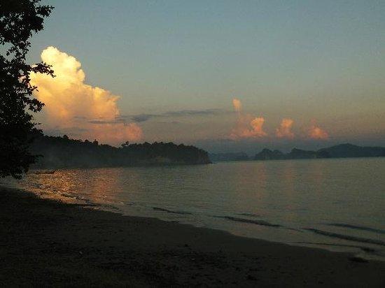 Khlong Jark beach: late afternoon mood