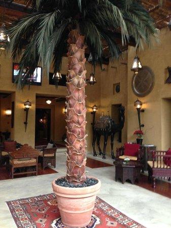 Bab Al Shams Desert Resort & Spa: Nice and cozzy Lobby
