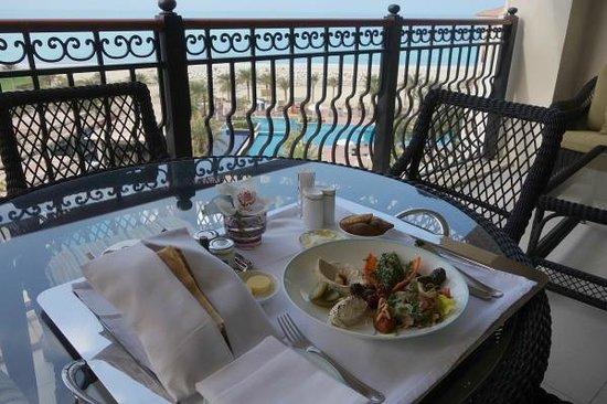 The St. Regis Saadiyat Island Resort: Mezze room service