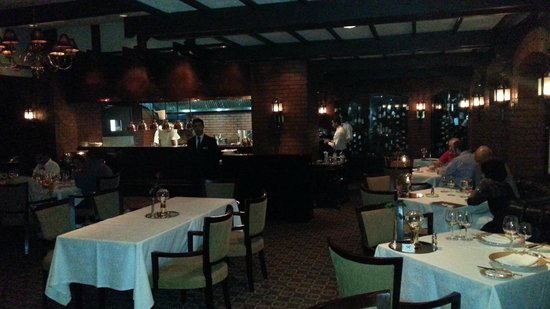 The London Grill: Great Ambiance