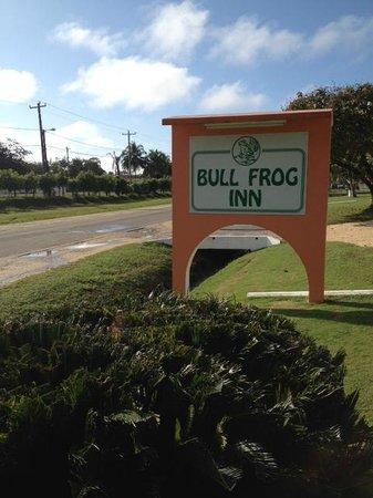 Bull Frog Inn: Aviso de la entrada