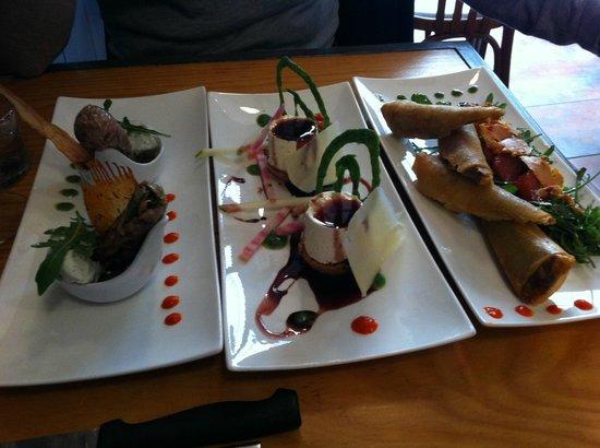L'Entrepotes: Sushis de veau, pana cotta de chèvre et nems de confit de canard