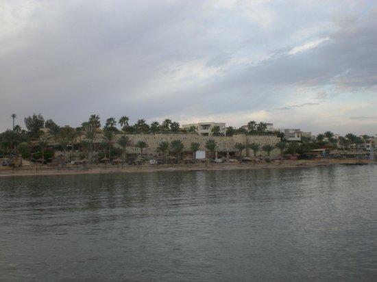Tamra Beach: Vista dal pontile