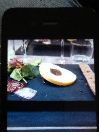 Au pique assiette : foie gras, figue, salade, compotée doignons