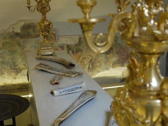 Relais Cattedrale: Candelabri ed avori decorati, Suite Zingiber