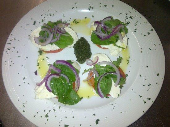 Montego Bay : Excellent Caprese salad!
