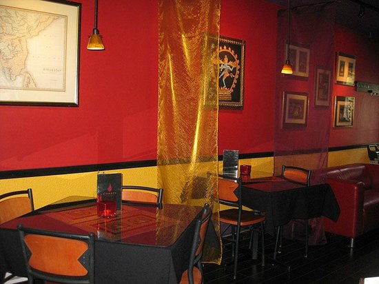 Curry's: Dinning Room 2