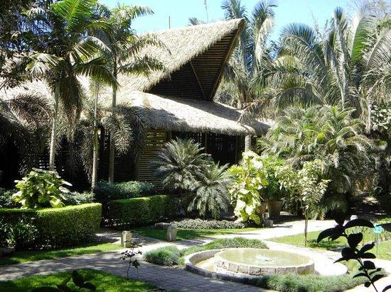 L'Acqua Viva Resort And Spa: Main reception building