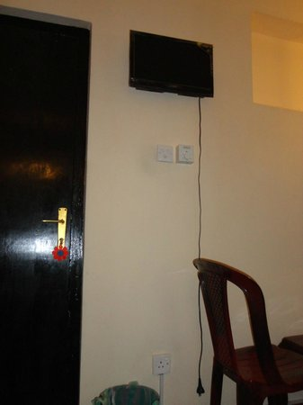 Avon Hikkaduwa Guest House: TV inutilizzabile
