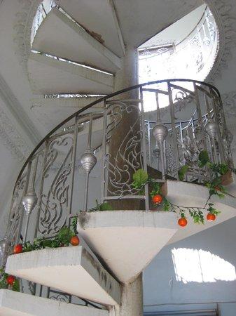 Patou Xai (Patu Say): Stairs to the highest level