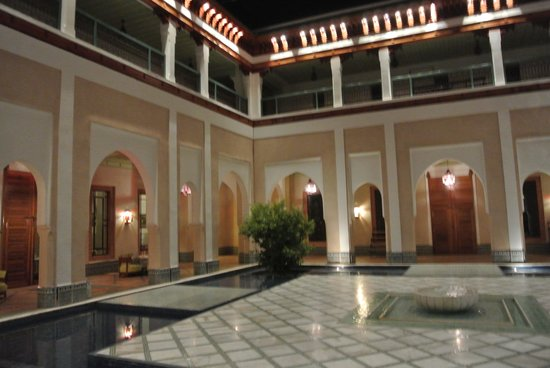 Hotel Les Jardins de l'Agdal: Hotel courtyard