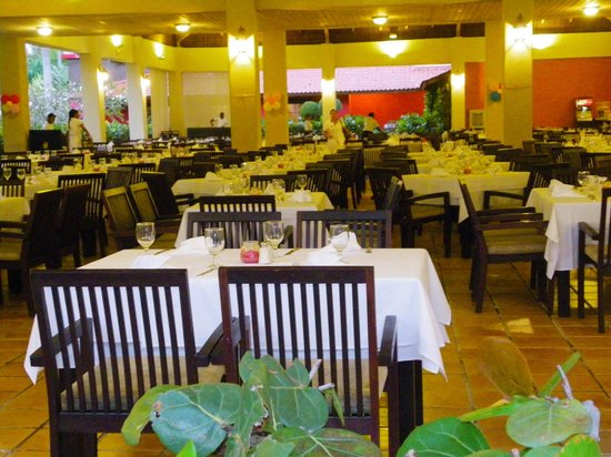 Caribe Club Princess Beach Resort & Spa: L'une des salles à manger