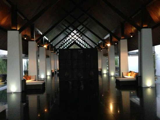 Twinpalms Phuket: Behind the Lobby