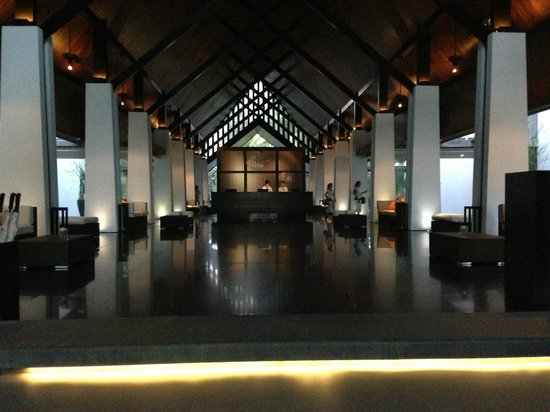 Twinpalms Phuket: Lobby entrance