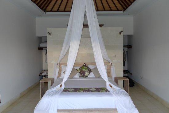 bedroom Villa Shantiasa