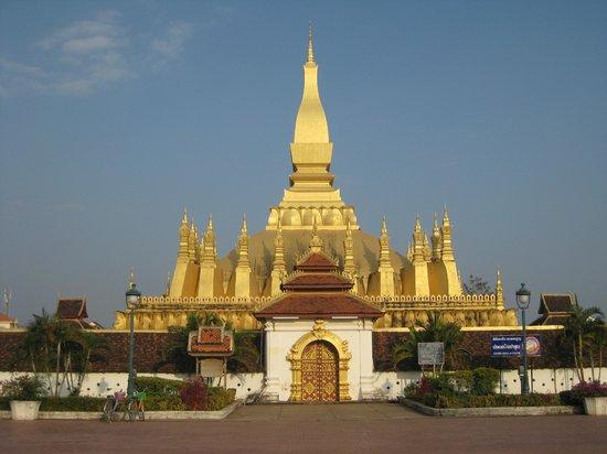 Pha Tha Luang (Große Stupa): Lots of gold