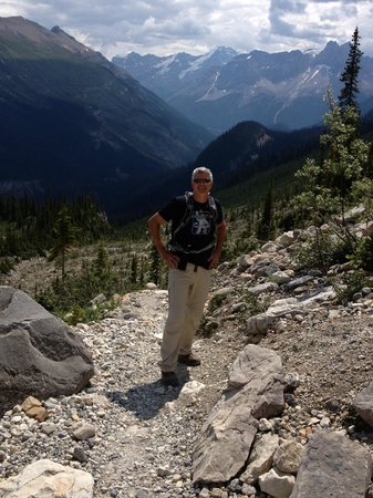 Takakkaw Falls : My handsome hubby somewhere on the Iceline Trail.