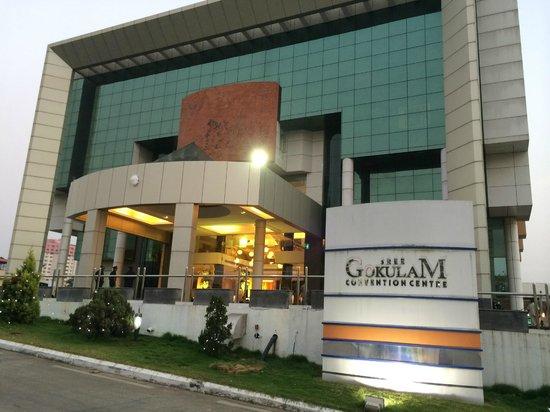 Gokulam Park: Gokulam Convention Centre