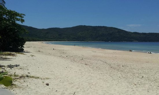 Lopes Mendes Beach: Amplia, solitaria e interminable..