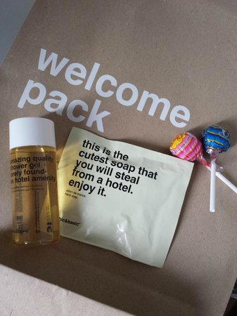 chic&basic Born Hotel : pack de bienvenida